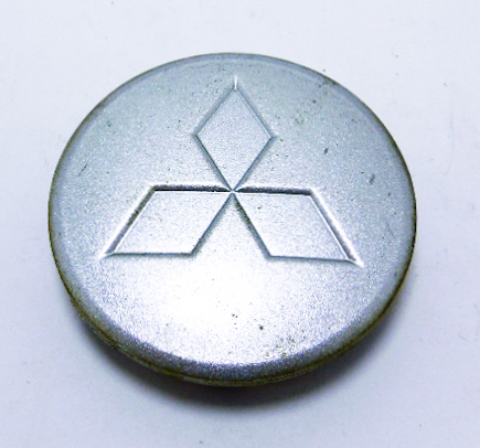 """Колпак колёсного диска б/у с эмблемой """"Mitsubishi"""" D=60мм"""